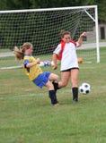 Ação adolescente 18 do futebol da juventude Fotografia de Stock Royalty Free