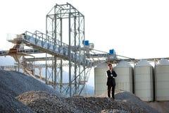 Ao ar livre industrial do homem de negócios asiático novo Foto de Stock Royalty Free