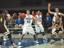 Ação do basquetebol Fotografia de Stock