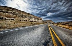 Ao longo da estrada Imagens de Stock