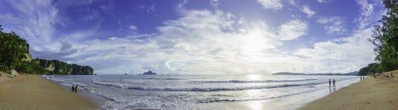 Ao Nang海滩全景 免版税库存图片