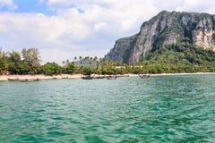 AO Nang, η διάσημη παραλία σε Krabi, Ταϊλάνδη Στοκ εικόνες με δικαίωμα ελεύθερης χρήσης