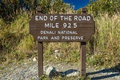 29 août 2016 - photographe Joe Sohm à la 'fin du mille 92 de route 5' - parc national de Denali, Kantishna, Alaska Images libres de droits