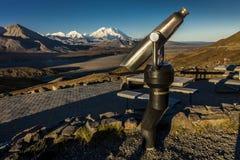 30 août 2016 - télescopez et montez Denali dans la distance, parc national de Denali, Alaska Image libre de droits