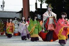 Aoi Matsuri (het festival van de Stokroos) stock foto's