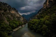 Aoosrivier, Epirus, Griekenland stock afbeelding