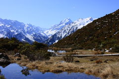 Aoraki/Mt. Cook over Red tarns royalty free stock images