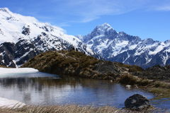 Aoraki/Mt. Kok over Sealy tarns Stock Afbeelding