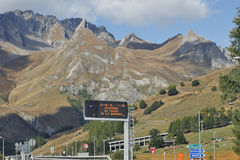 Aosta, Italië - Aard dichtbij de tunnel G S bernard Stock Foto