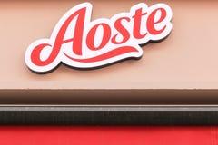 Aoste-Logo auf einer Wand Stockfotografie