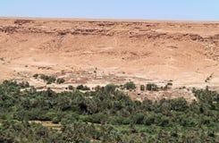 Aoufous στο Μαρόκο με την πράσινη verdant κοιλάδα Στοκ φωτογραφία με δικαίωμα ελεύθερης χρήσης