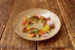 Apéritif avec les crevettes et le quinoa Photos libres de droits
