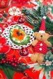Apéritif de nourriture de Noël avec le caviar rouge Image libre de droits