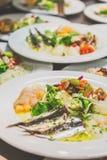 Apéritifs de poissons à un restaurant photographie stock