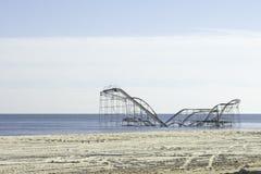 Após o furacão Sandy:  Alturas do beira-mar, montanha russa de New-jersey Imagens de Stock Royalty Free