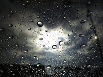 Após a tempestade atrás da janela Fotos de Stock Royalty Free