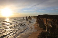 12 apóstoles en la puesta del sol Fotos de archivo