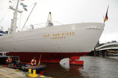 Ap Сан-Диего в гавани Гамбурга Стоковое Изображение RF