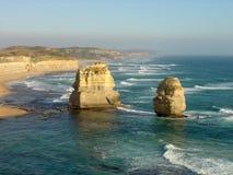 Apôtres du ` s douze de bleu et de Teal Waters Surround Australia Photos stock