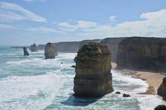 12 apôtres s'approchent de la grande route d'océan en Victoria Australia Images libres de droits