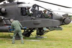 Apache που οπλίζεται Στοκ Φωτογραφία