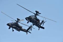 Apache-Hubschrauber in der Harmonie stockfoto