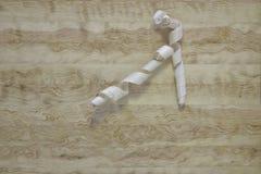 Aparas em um fundo de madeira clássico Textura fotografia de stock royalty free
