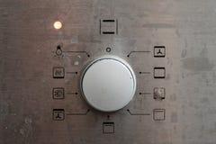 Aparatos electrodomésticos en cocina nacional foto de archivo libre de regalías