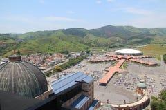 Aparecida巨大的大教堂做Norte -停放的天线 库存照片