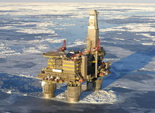 Aparejo de la perforación petrolífera Foto de archivo libre de regalías