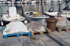 Aparejos de pesca en fractura Fotografía de archivo