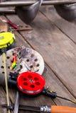 Aparejos de pesca y equipo del hielo del primer Imágenes de archivo libres de regalías