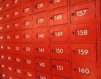Apartado de correos rojo de madera Foto de archivo libre de regalías