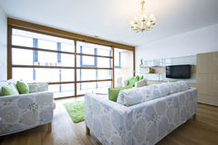 apartament na najwyższym piętrze budujący żywy luksusowy nowy pokój obrazy stock