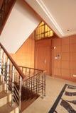 apartament na najwyższym piętrze schody Zdjęcia Royalty Free