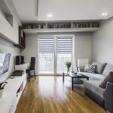Apartamento à moda e moderno Foto de Stock Royalty Free