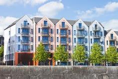 Apartamento colorido, construindo na cidade da cortiça, Ireland Imagens de Stock Royalty Free