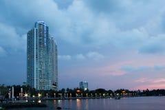 Apartamento com opinião do beira-mar Foto de Stock Royalty Free