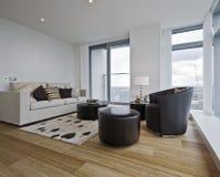 Apartamento contemporâneo imagens de stock