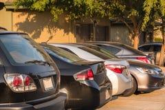 Apartamento de la fila del aparcamiento Fotos de archivo