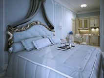 Apartamento-estudio del dormitorio en azul Imagen de archivo libre de regalías