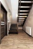 Apartamento urbano - escadas de madeira fotografia de stock