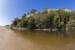 Apartamentos da lagoa da praia Imagem de Stock