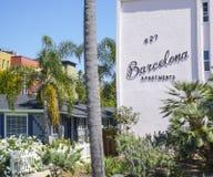 Apartamentos de Barcelona en Coronado - SAN DIEGO - CALIFORNIA - 21 de abril de 2017 fotografía de archivo