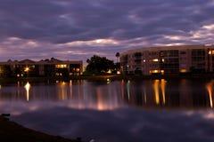 Apartamentos de la Florida en el agua Fotos de archivo libres de regalías
