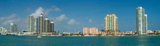 Apartamentos de Luxurios em Miami fotos de stock