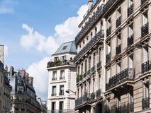 Apartamentos elegantes en París Francia Imagen de archivo libre de regalías