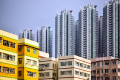 Apartamentos high-density do alojamento Fotografia de Stock