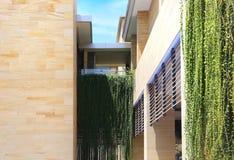 Apartamentos modernos de los apartamentos modernos fotografía de archivo libre de regalías
