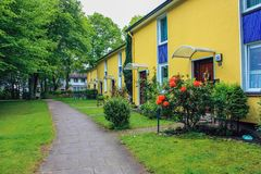 Apartamentos nos condomínios, Altona Alemanha, em junho de 2010 imagem de stock royalty free